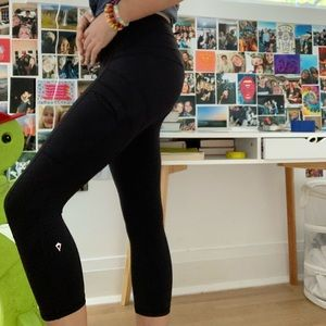 Discontinued Ivivva Cropped Leggings With Pockets